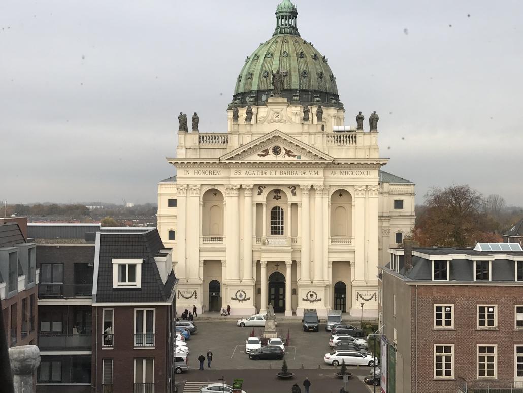 H.H. Agatha en Barbara Basiliek in Oudenbosch