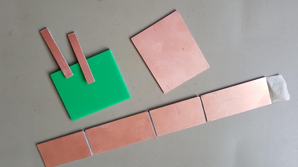Gezaagde onderdelen QRP SWR meterje